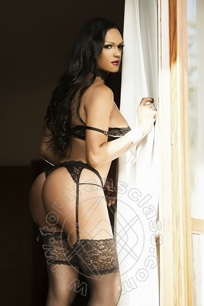 Alexia Leal  CASERTA 3512004127